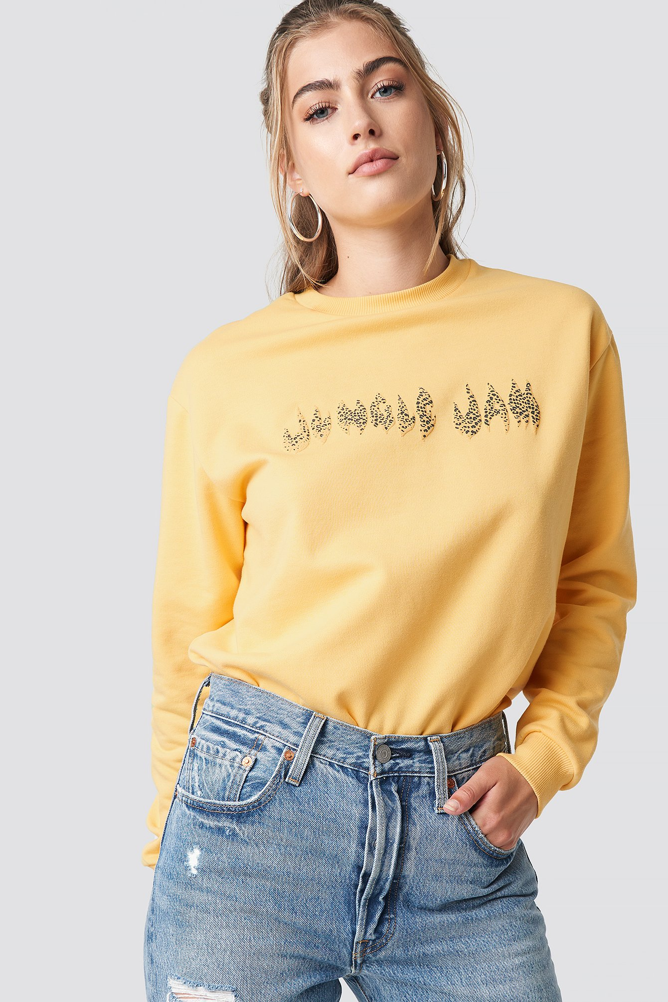 moves -  Davi Sweatshirt - Yellow