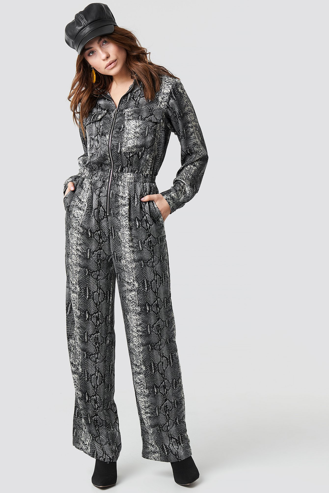 moves -  Nibia Snake Jumpsuit - Black,Grey,Multicolor