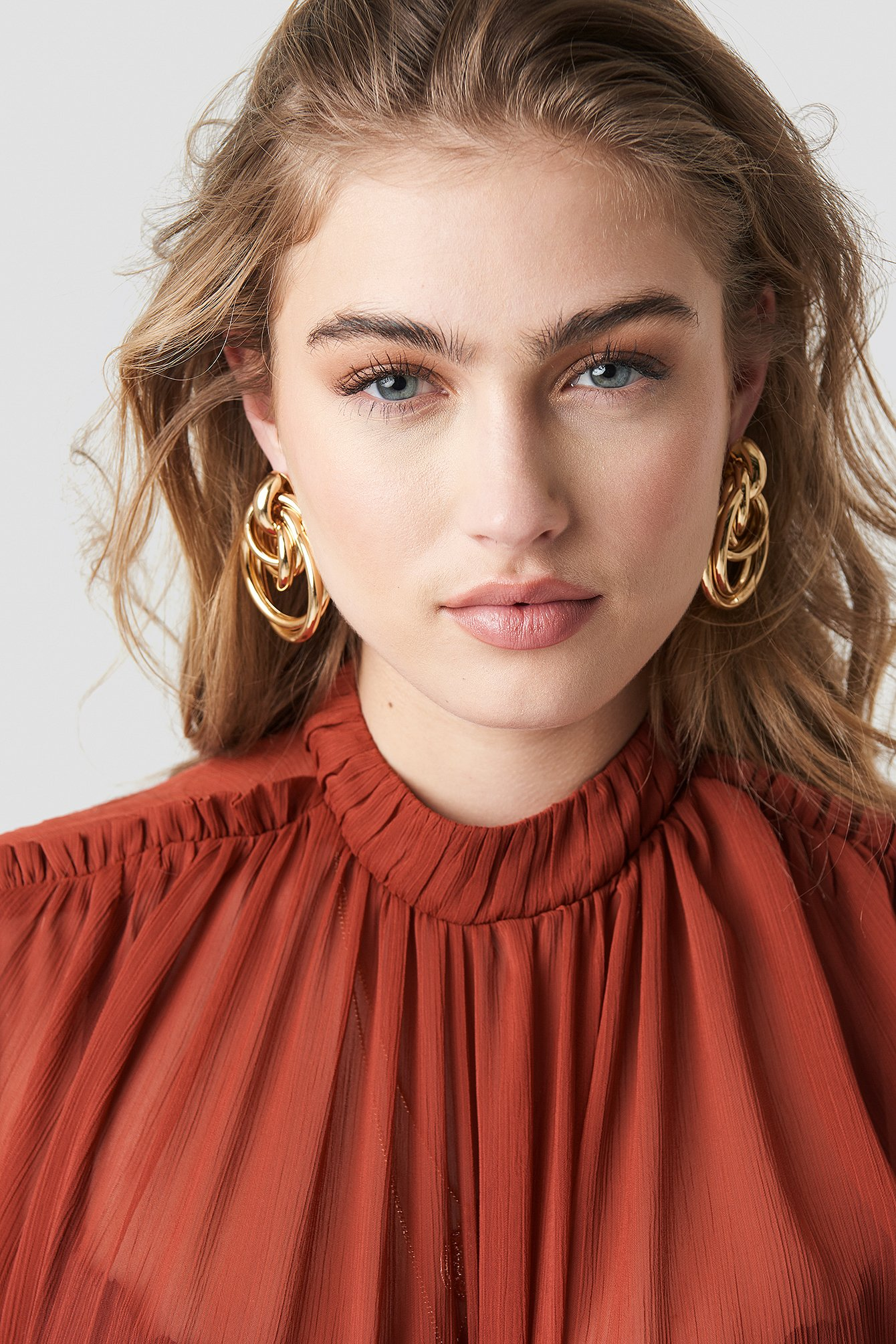 Big Connected Ring Earrings NA-KD.COM
