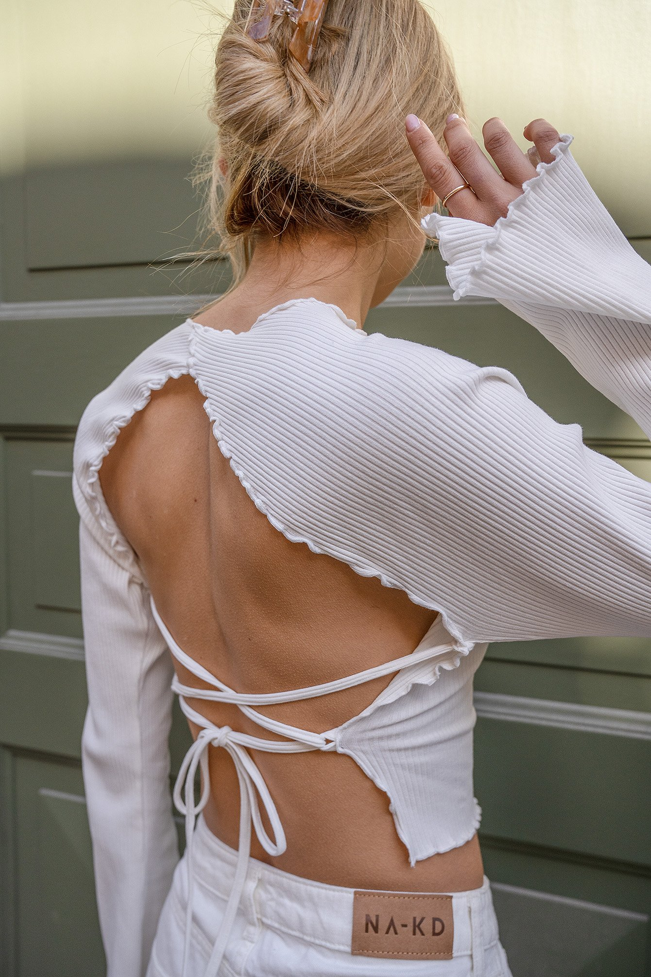 Offwhite Babylock Detail Open Back Top