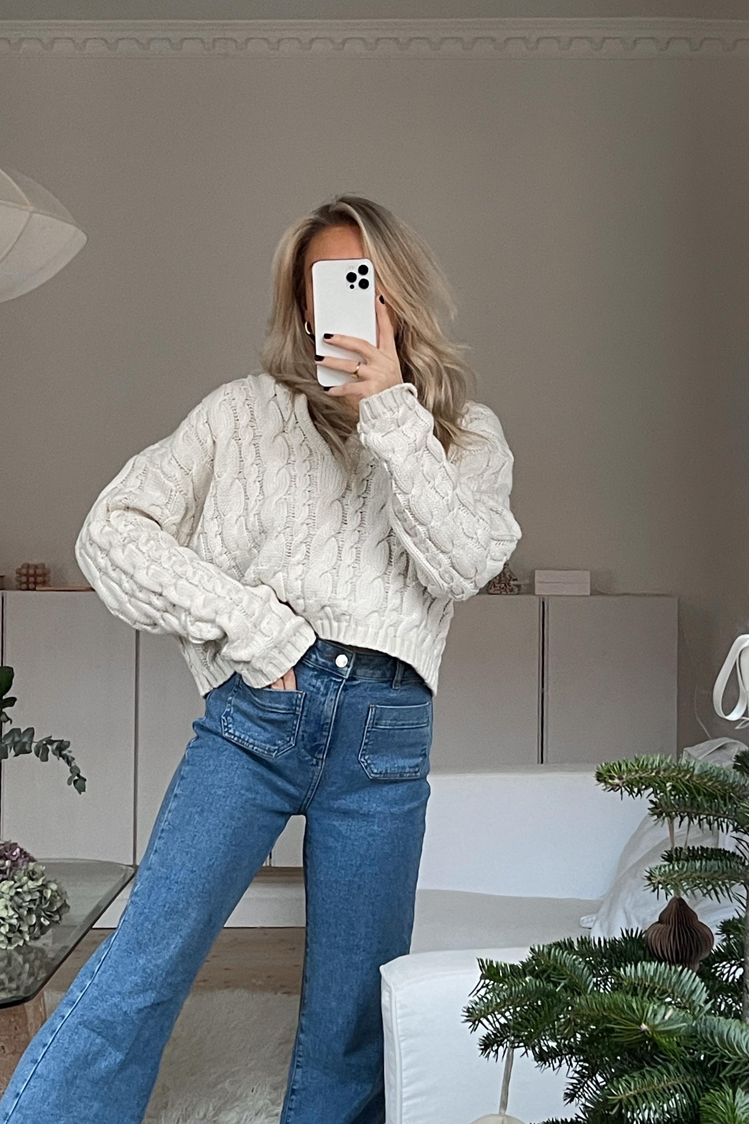 NA-KD Trend Økologiske 70'ernes jeans med lomme på forsiden og vide ben - Blue