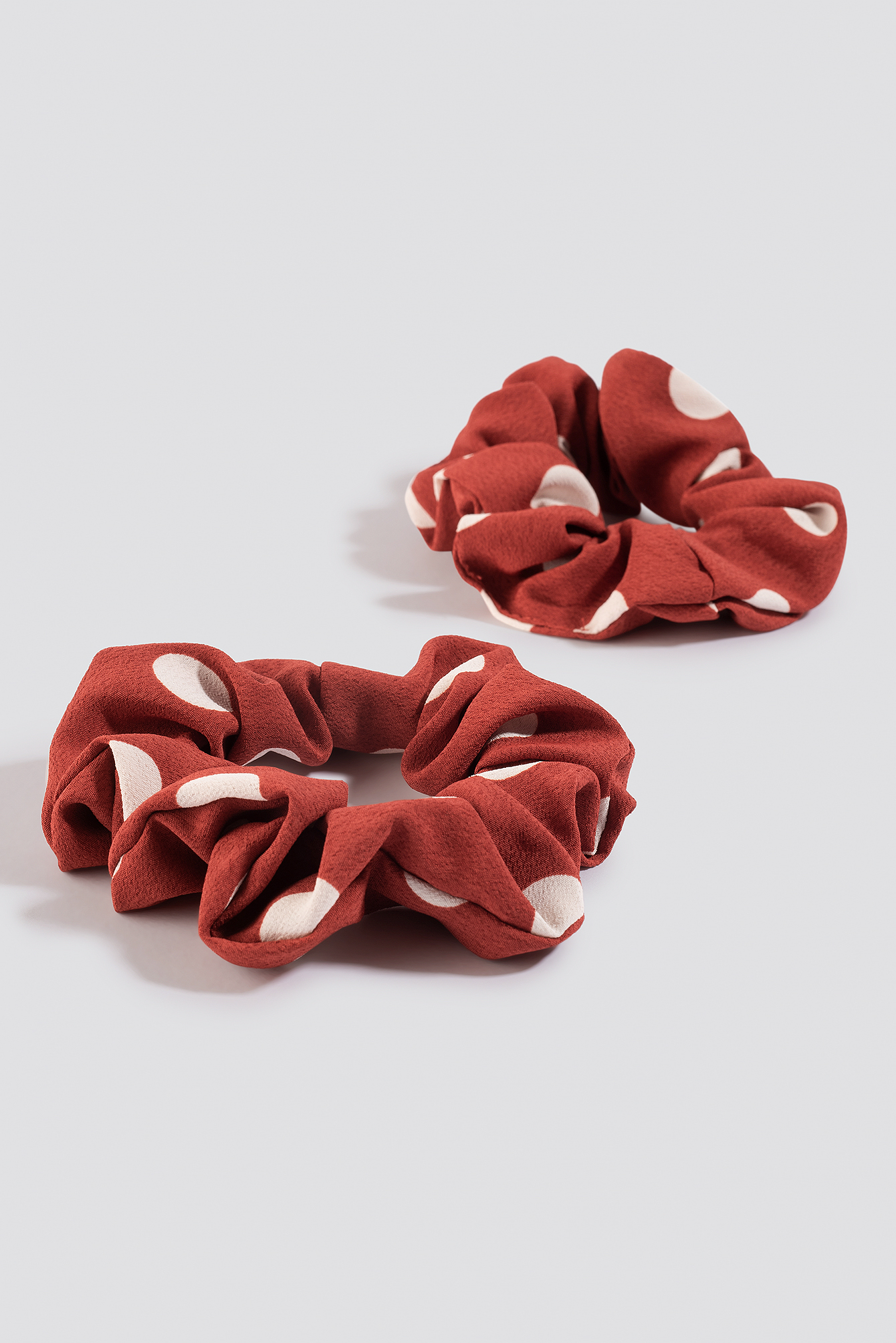 Red 2-Pack Big Dotted Scrunchie