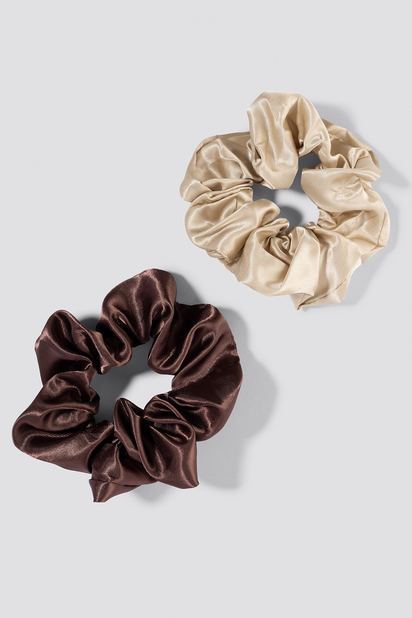 na-kd accessories -  2-Pack Satin Scrunchies - Brown,Beige