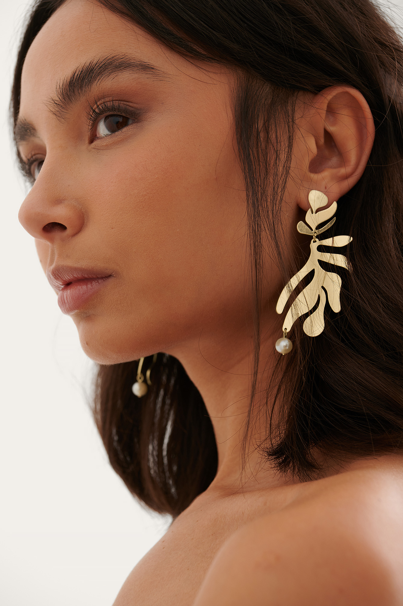 Gold Abstract Leaves Earrings