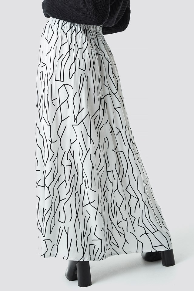 Abstract Print Maxi Skirt White/Black