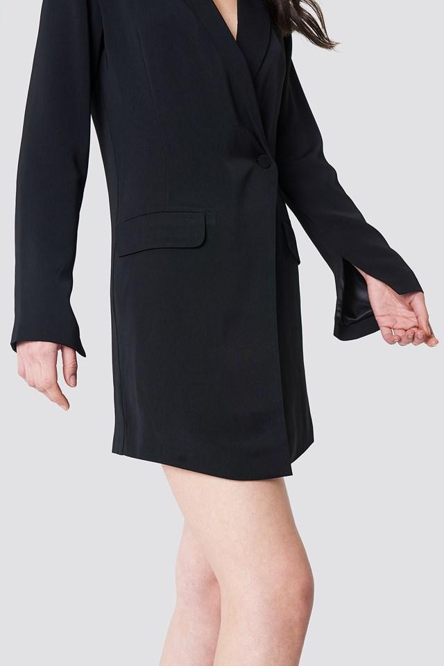 Asymetryczna sukienka o kroju marynarki NA-KD.COM