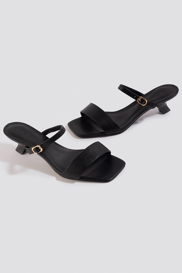 Asymmetric Heel Squared Sandals Black