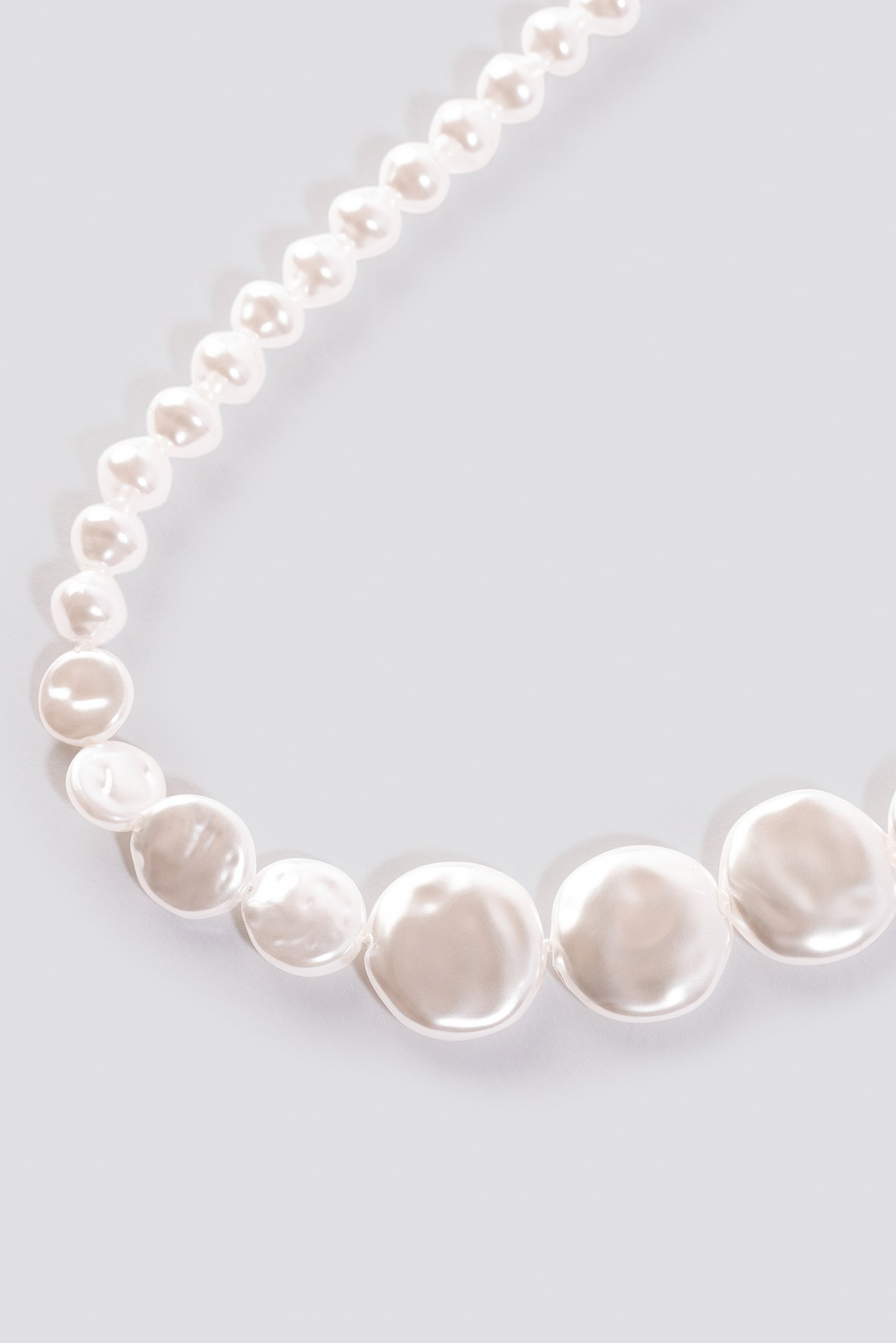 Asymmetric Pearl Necklace NA-KD.COM