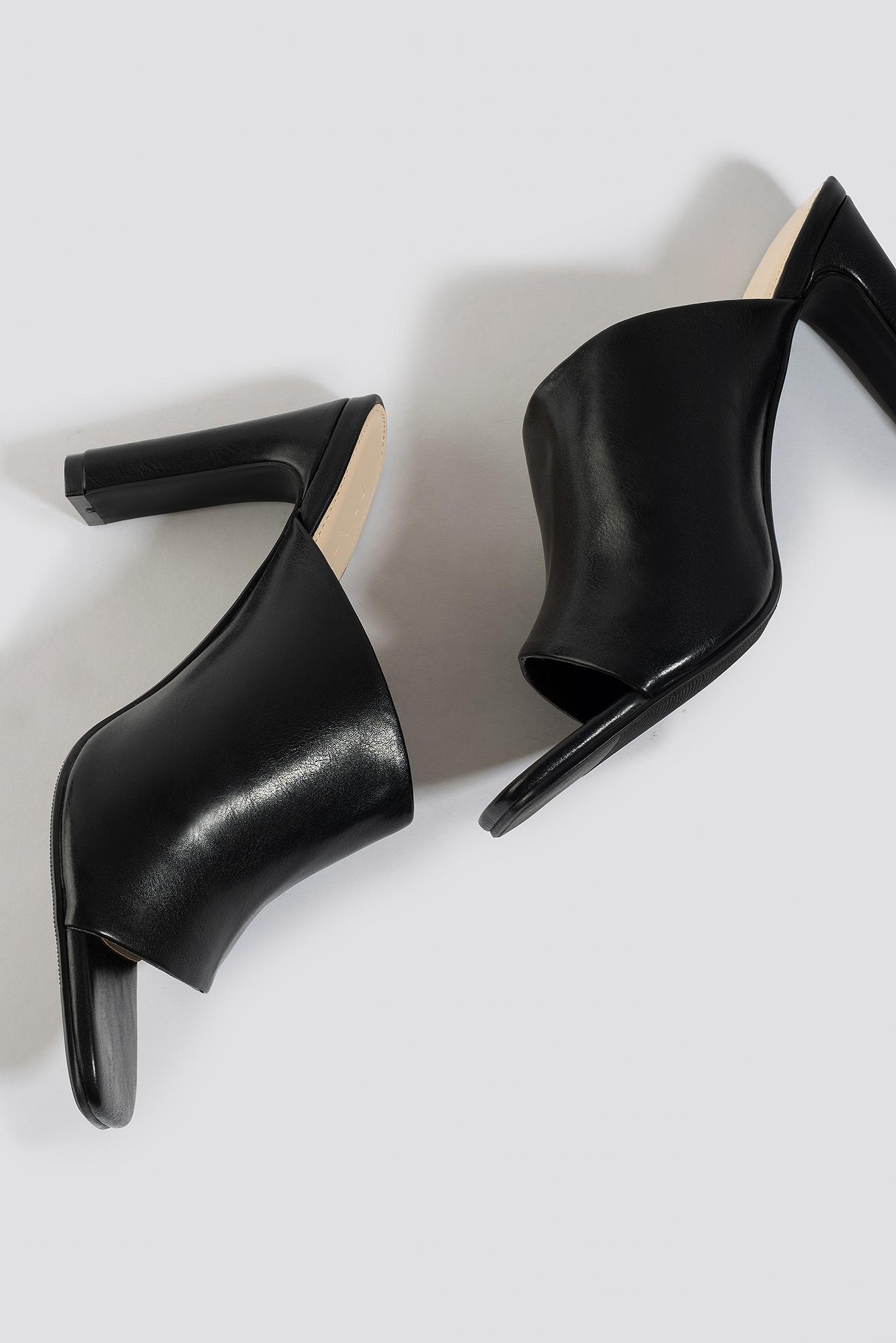 Asymmetric Strap Mules NA-KD.COM