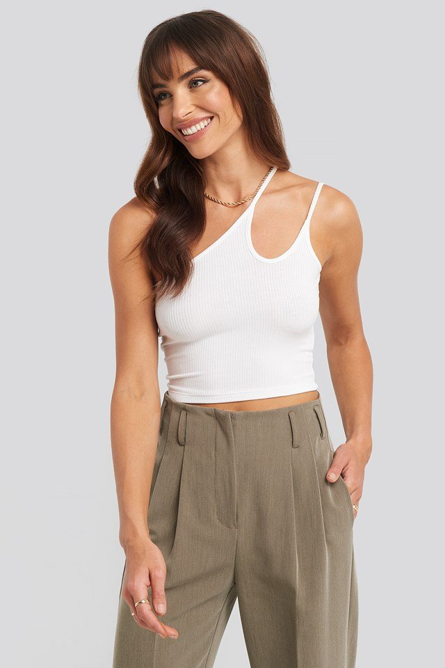 Asymmetric Strap Crop Top NA-KD Trend