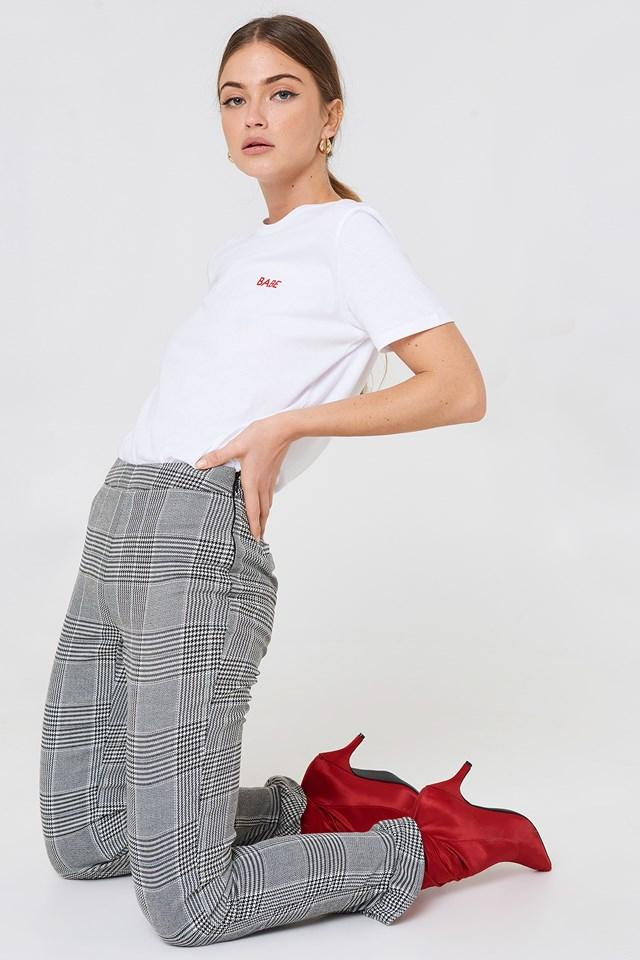 Babe Chest Tee White/Red