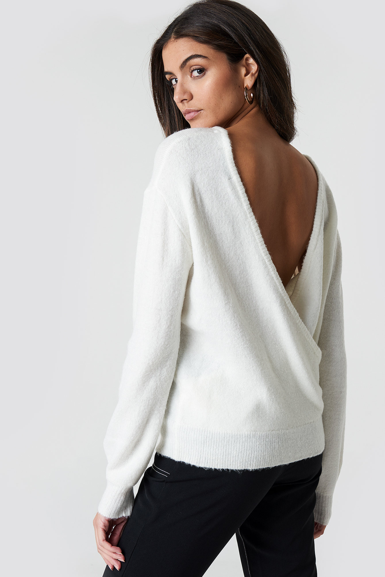 BACK OVERLAP KNITTED SWEATER - OFFWHITE