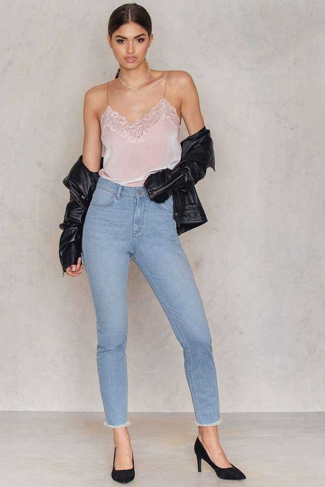 Back Ripped Highwaist Jeans Mid Blue