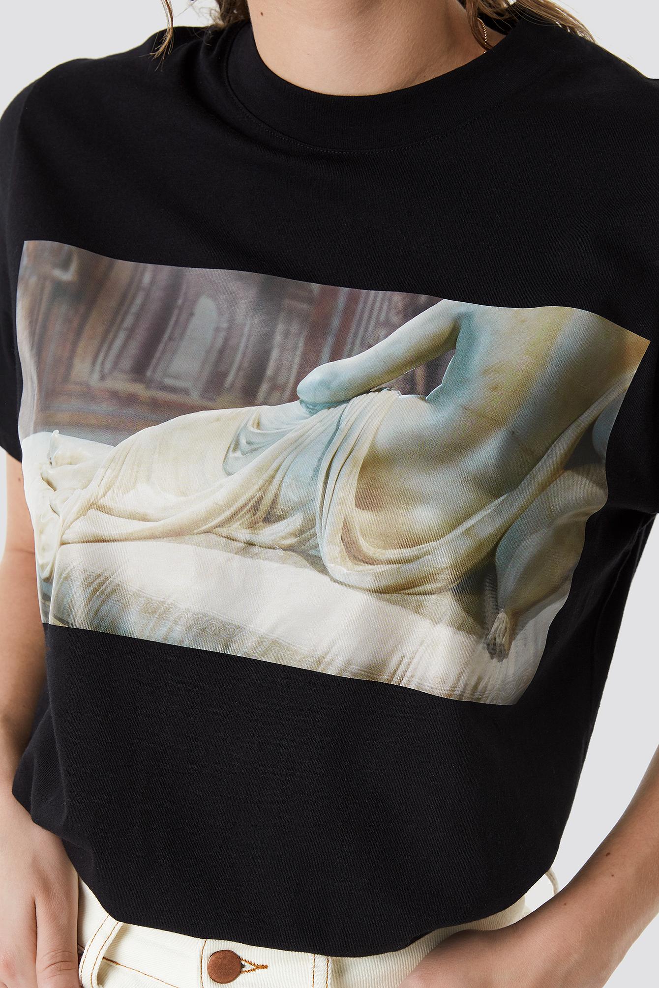 Back Sculpture Tee NA-KD.COM