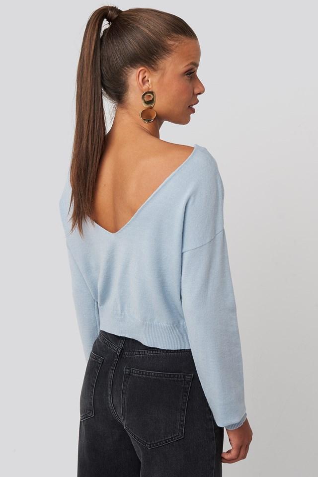 Back V-neck Cropped Sweater Light Blue