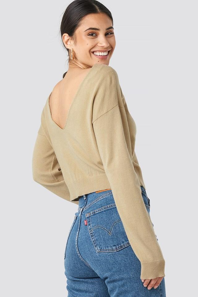 Back V-neck Cropped Sweater NA-KD