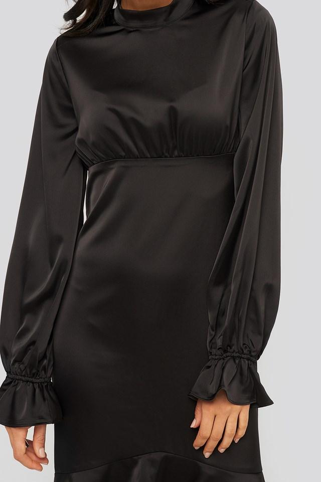Ballon Sleeve Gathered Midi Dress Black