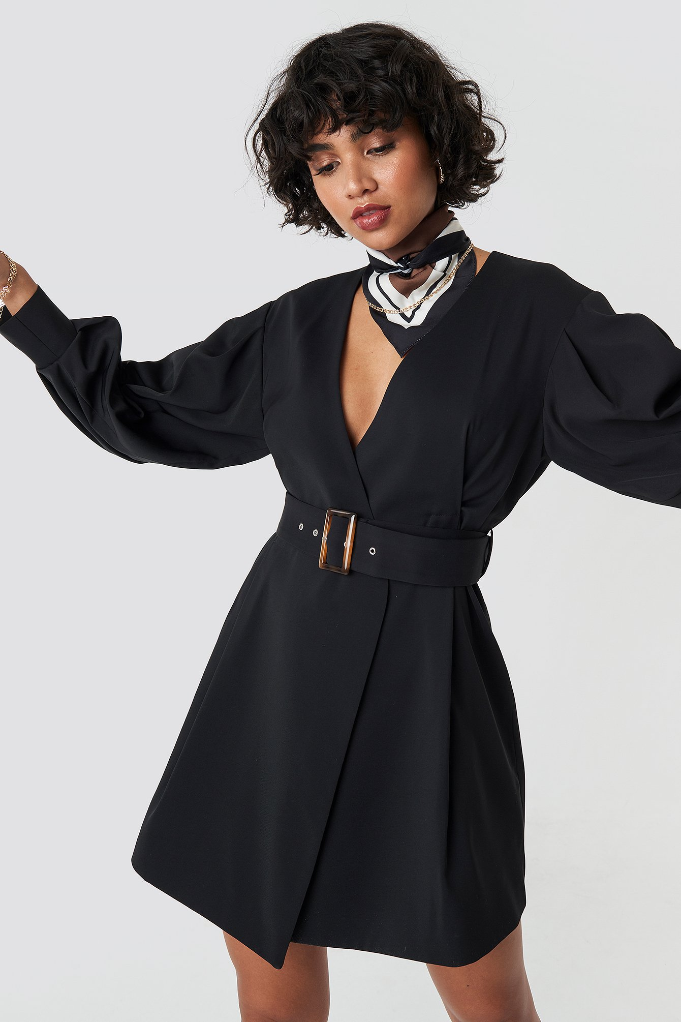 na-kd classic -  Balloon Sleeve Belted Blazer Dress - Black