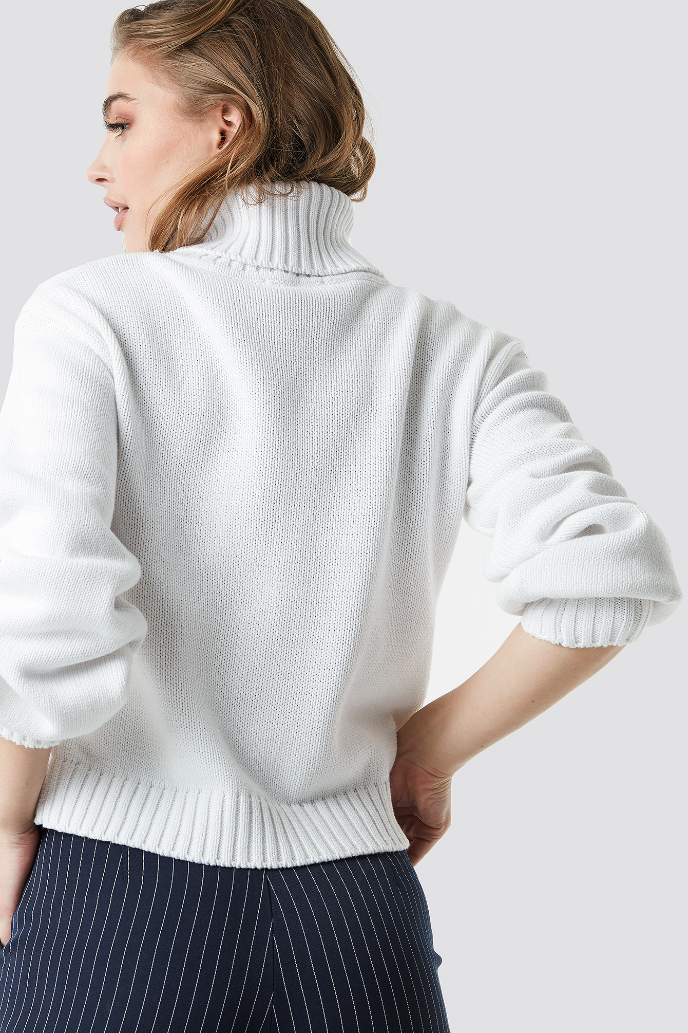 Offwhite Balloon Sleeve High Neck Knitted Sweater