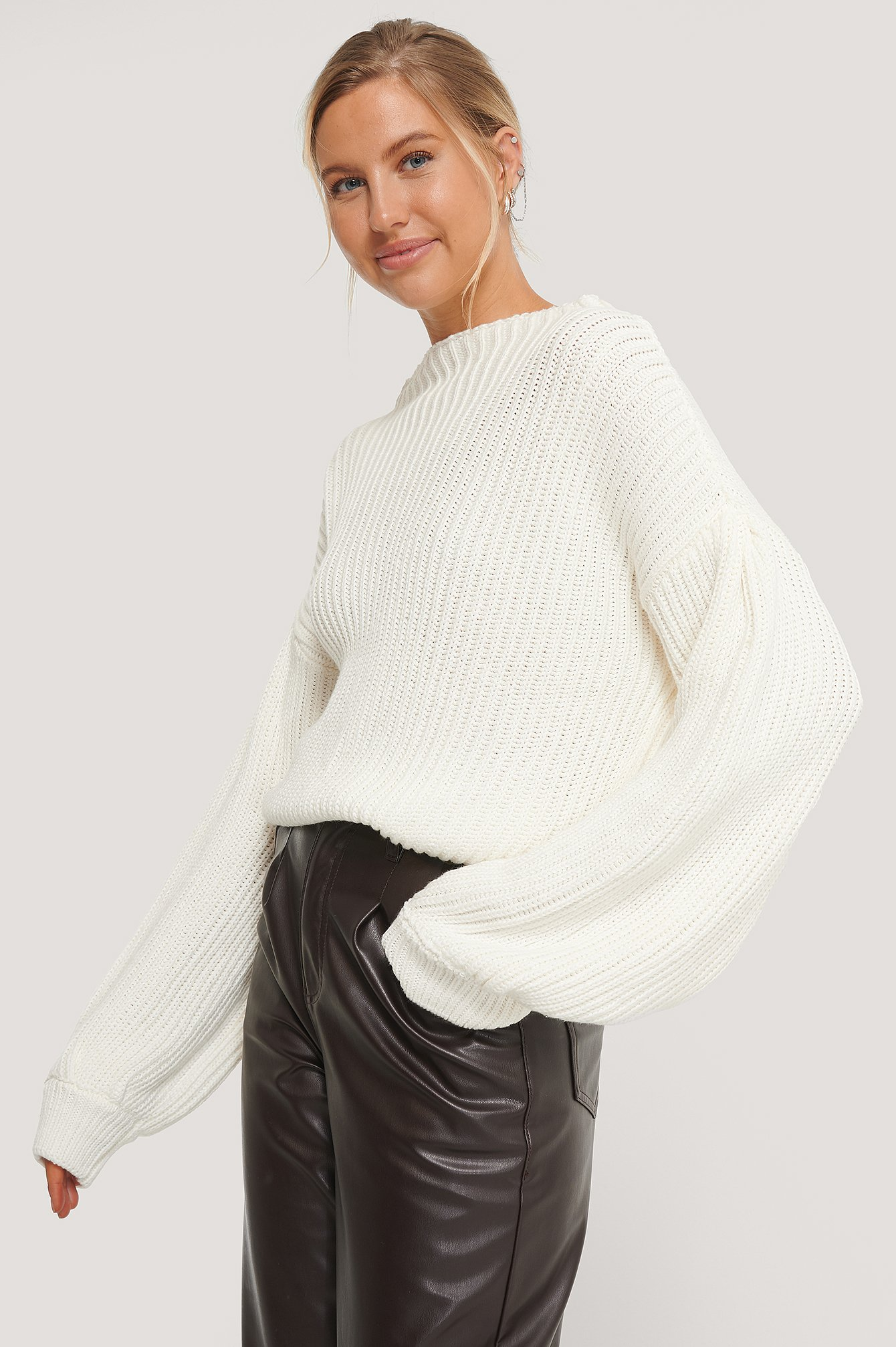na-kd -  Balloon Sleeve Knitted Sweater - White