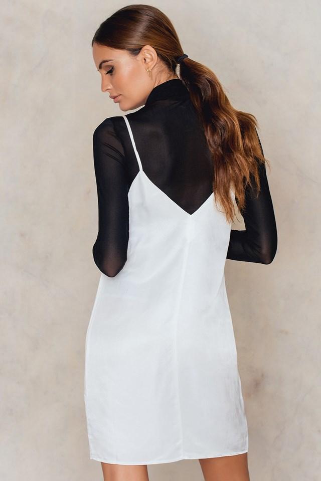 Bandeau Detail V-Neck Dress NA-KD.COM