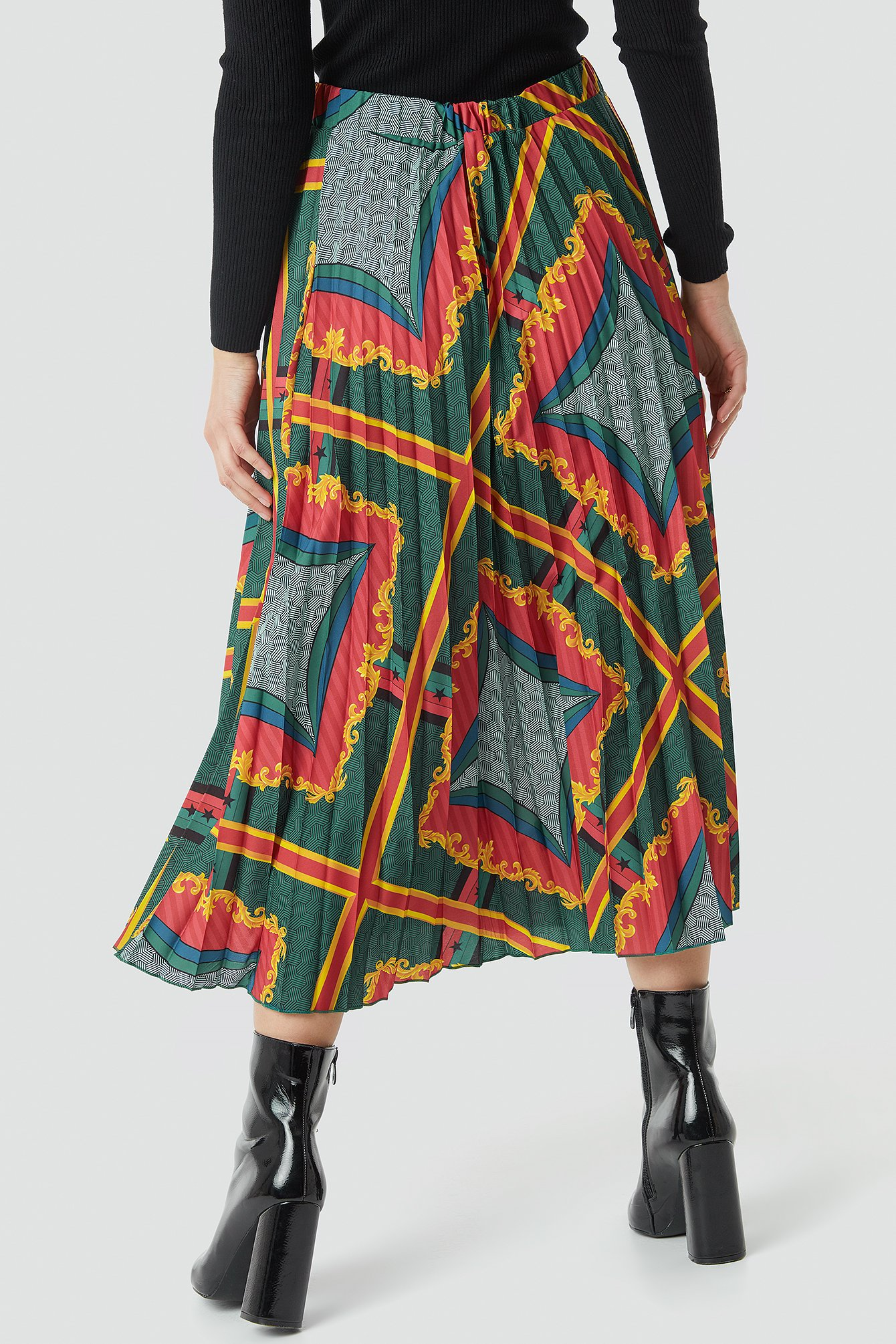 Multicolor Baroque Print Pleated Midi Skirt