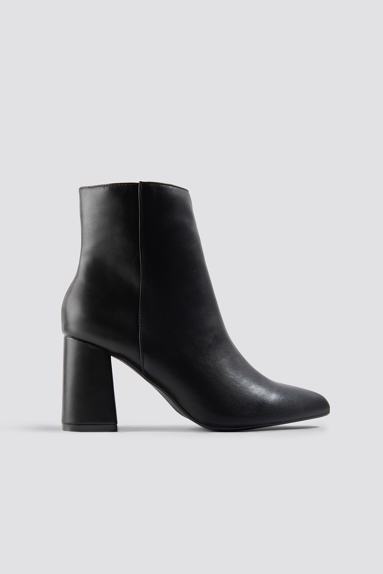 Basic Block Heel Booties Black | na-kd.com