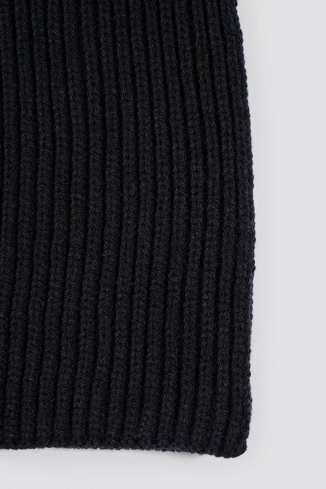 Basic Knitted Scarf Black
