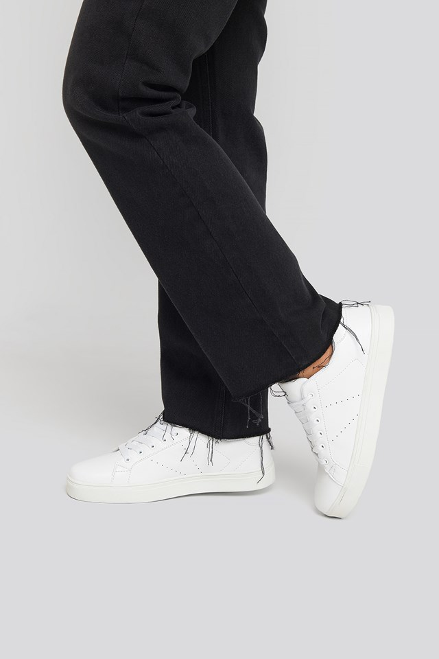 Basic Trainers White