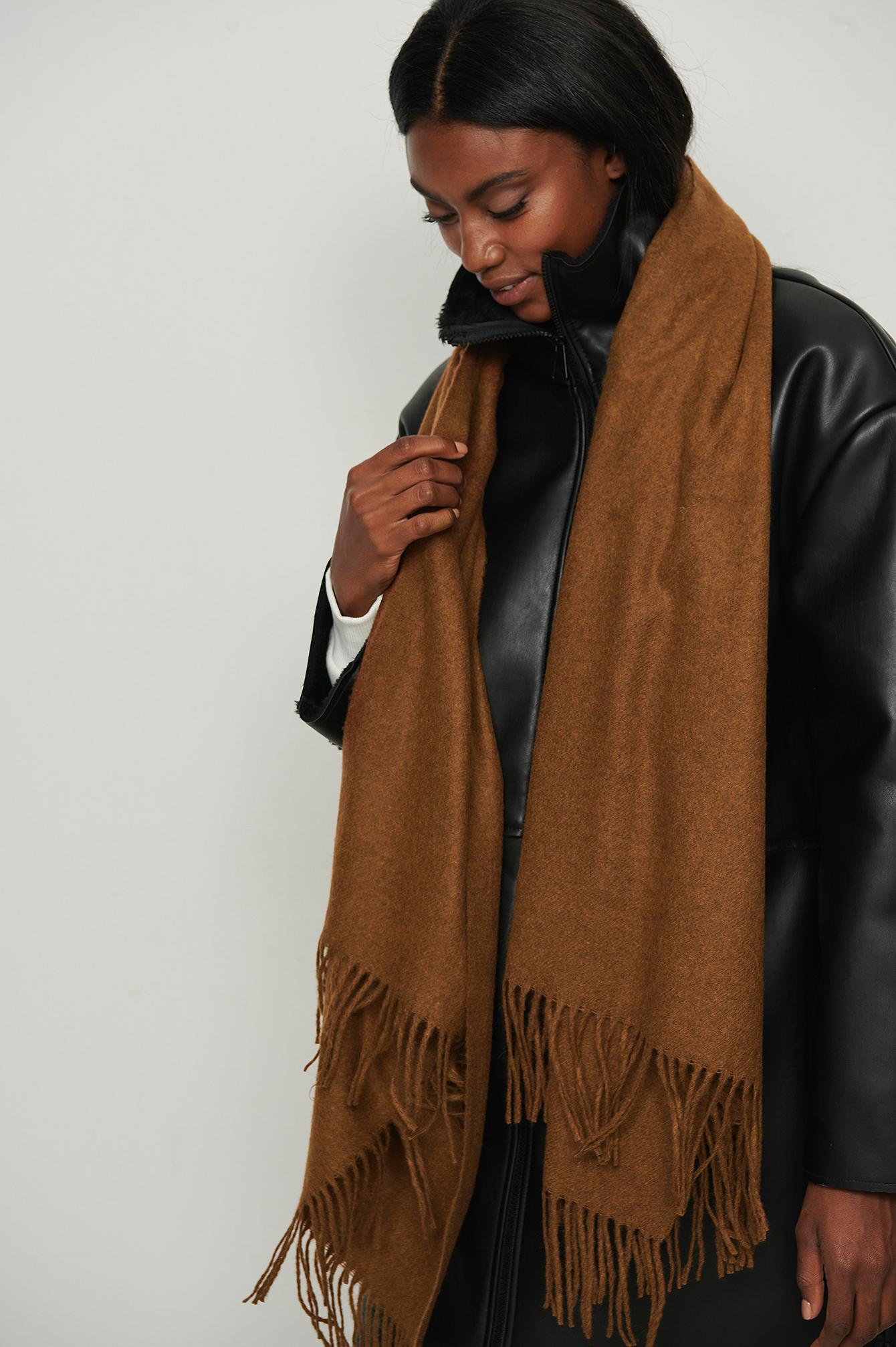 NA-KD Accessories Tørklæde i uld - Brown