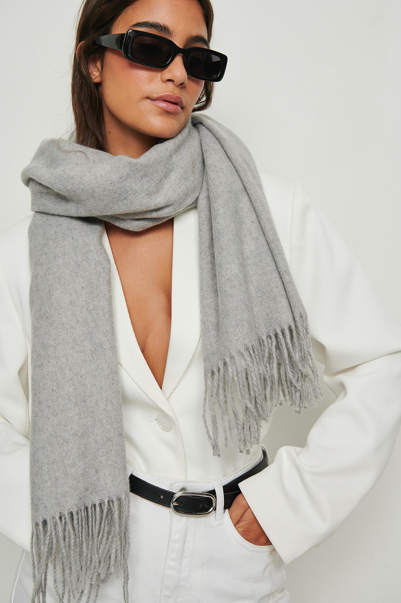 NA-KD Accessories Tørklæde i uld - Grey