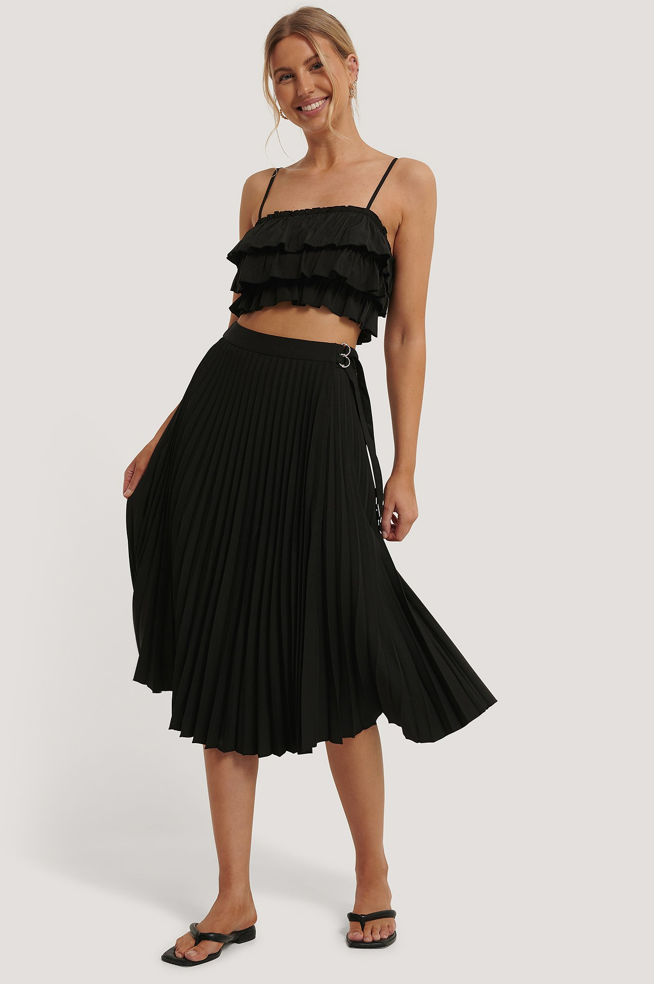 Black Belted Pleated Skirt
