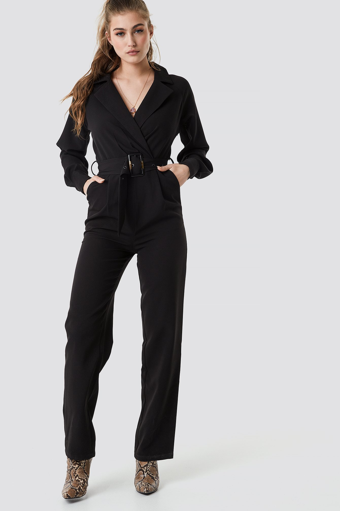 na-kd party -  Belted Waist Collar Jumpsuit - Black