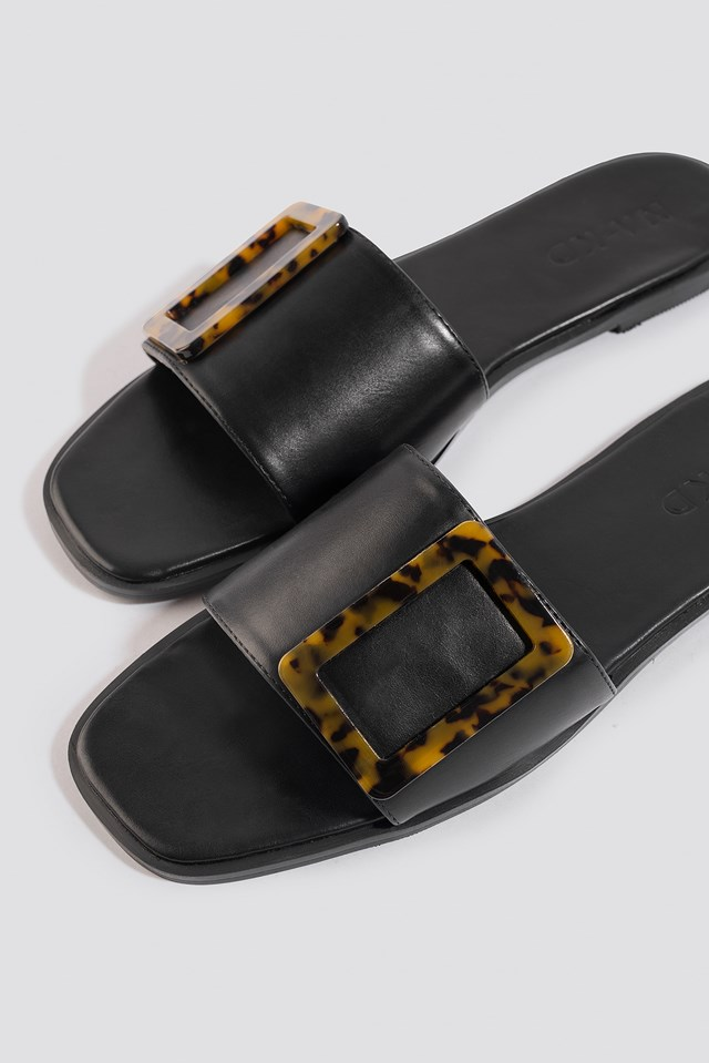 Big Buckle Flats Black