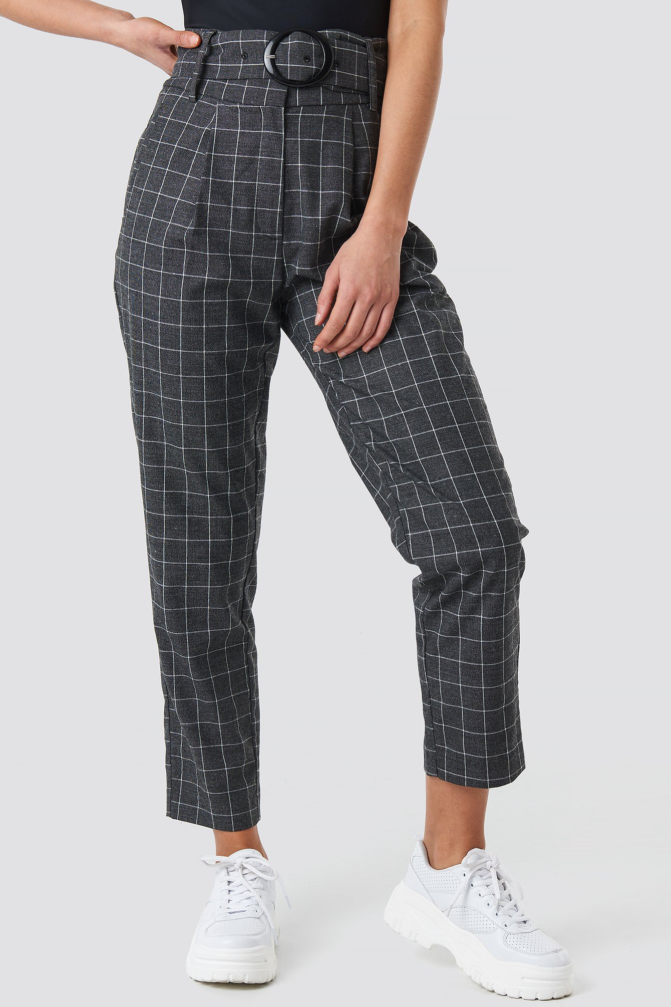 Big Check Asymmetric Belted Pants NA-KD.COM