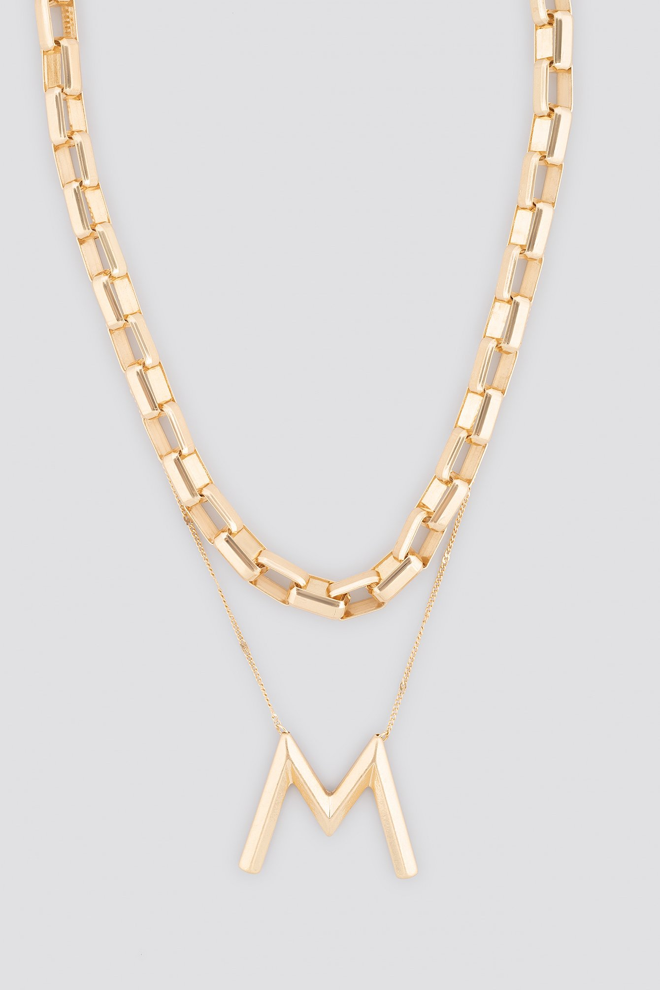 Big Letter Matte Chain Necklace NA-KD.COM
