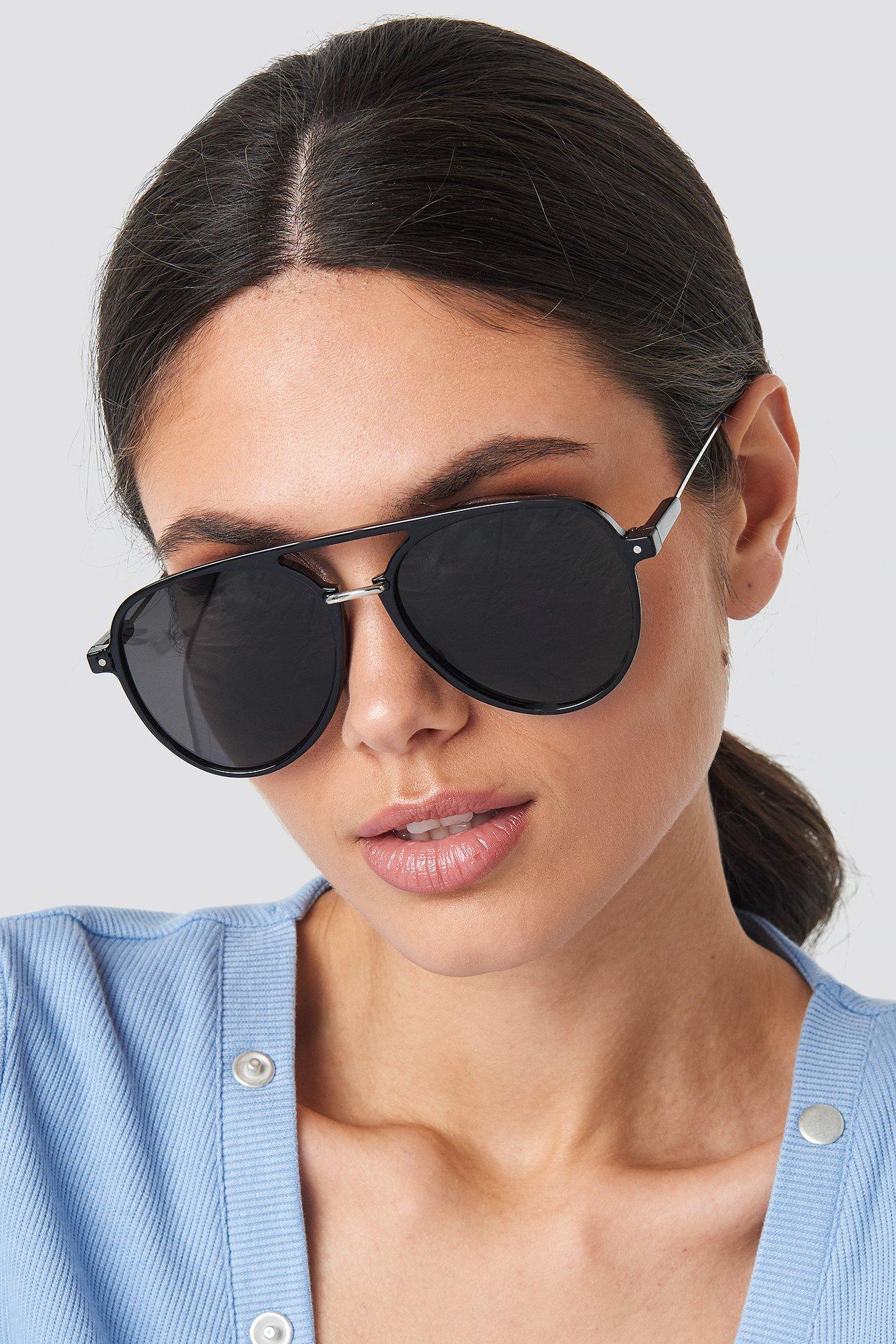 na-kd accessories -  Big Pilot Sunglasses - Black
