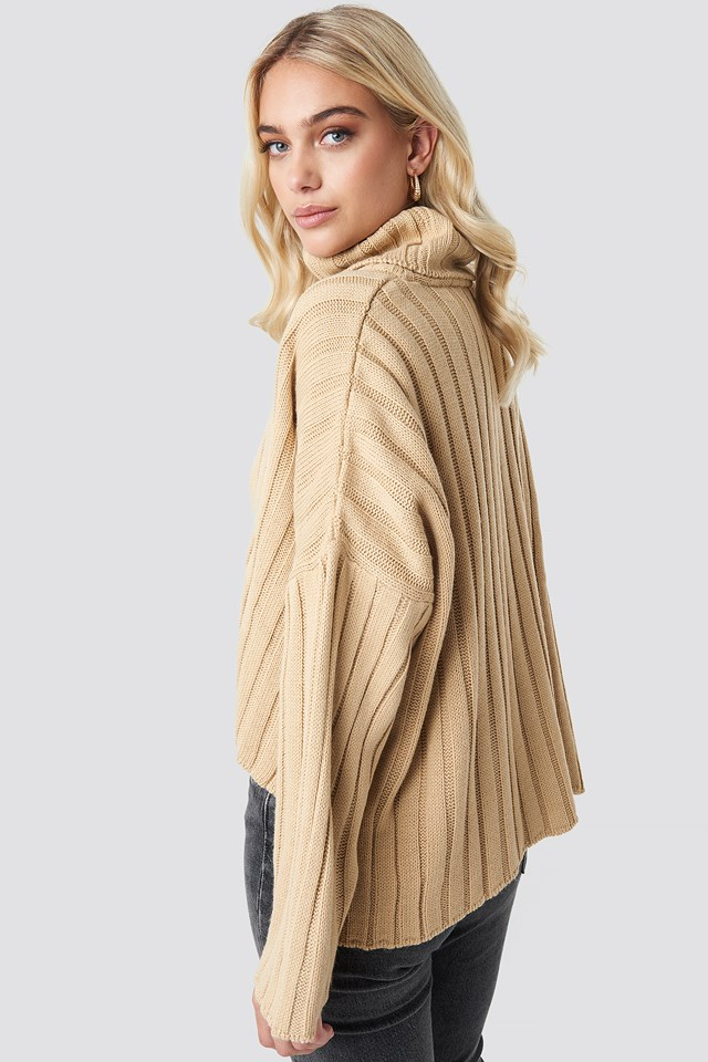 Big Ribbed High Neck Sweater Beige
