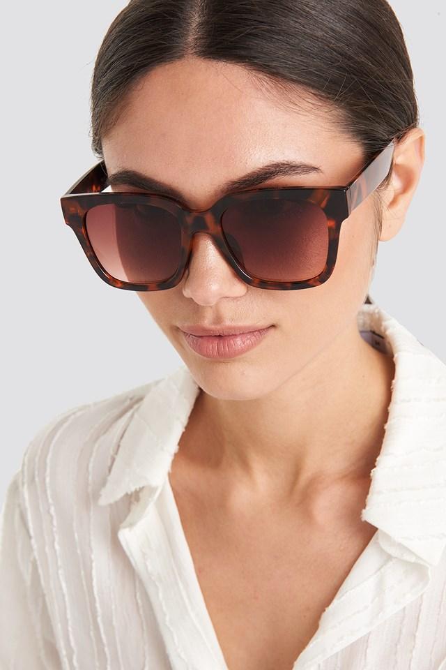 Big Rounded Edge Sunglasses Tortoise