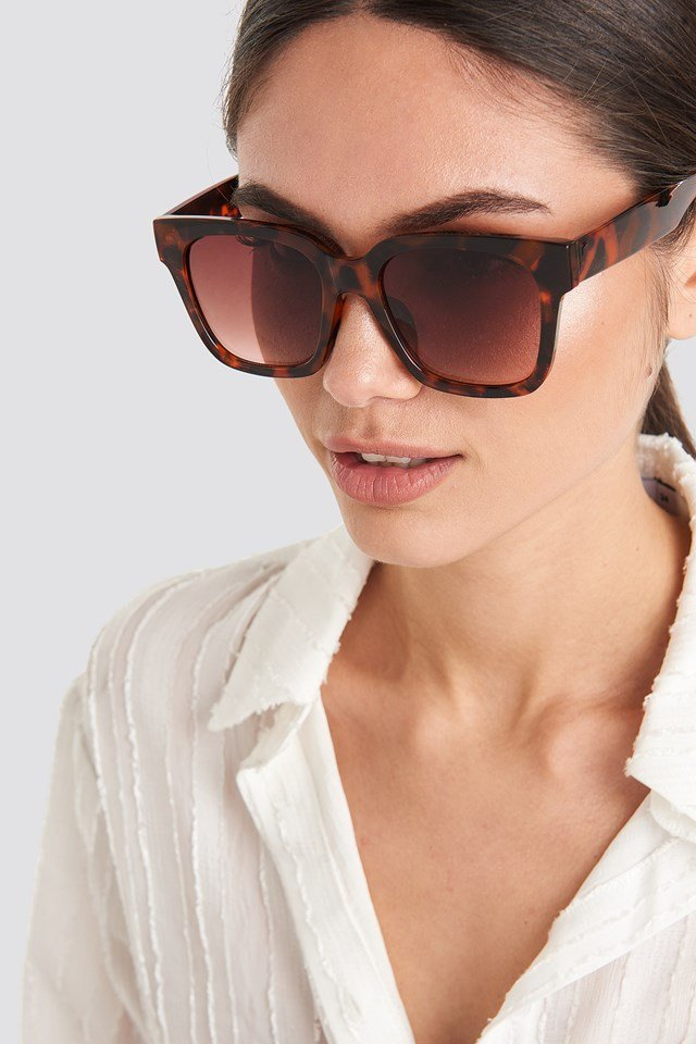 Big Rounded Edge Sunglasses Tortoise