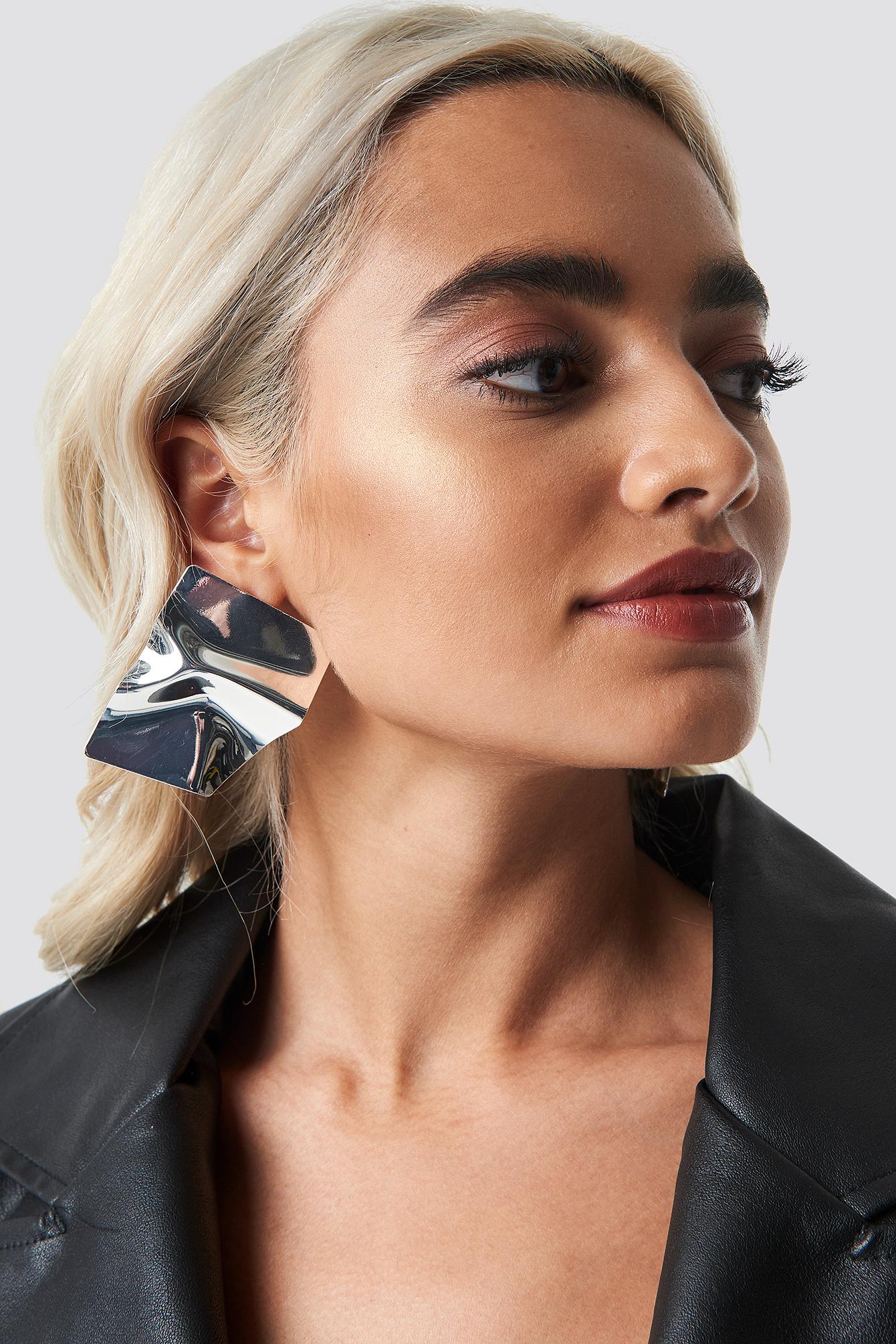 na-kd accessories -  Big Shield Earrings - Silver