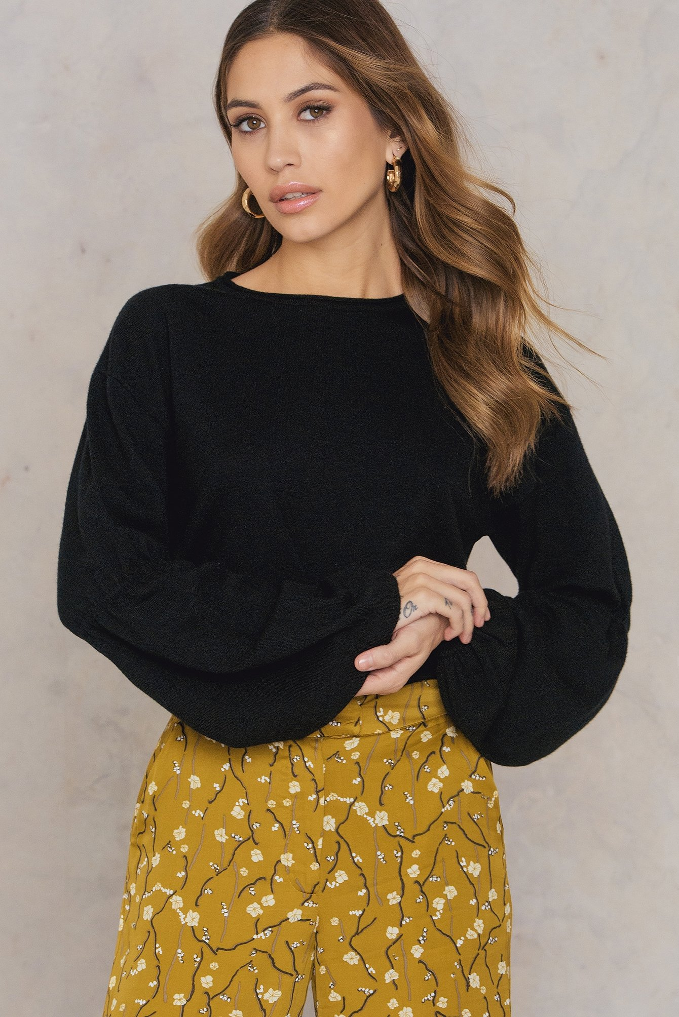 Black Big Sleeve Sweater