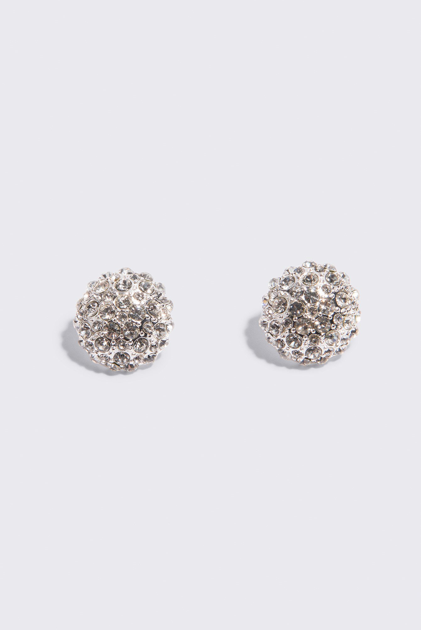 Big Sparkling Stud Earrings NA-KD.COM