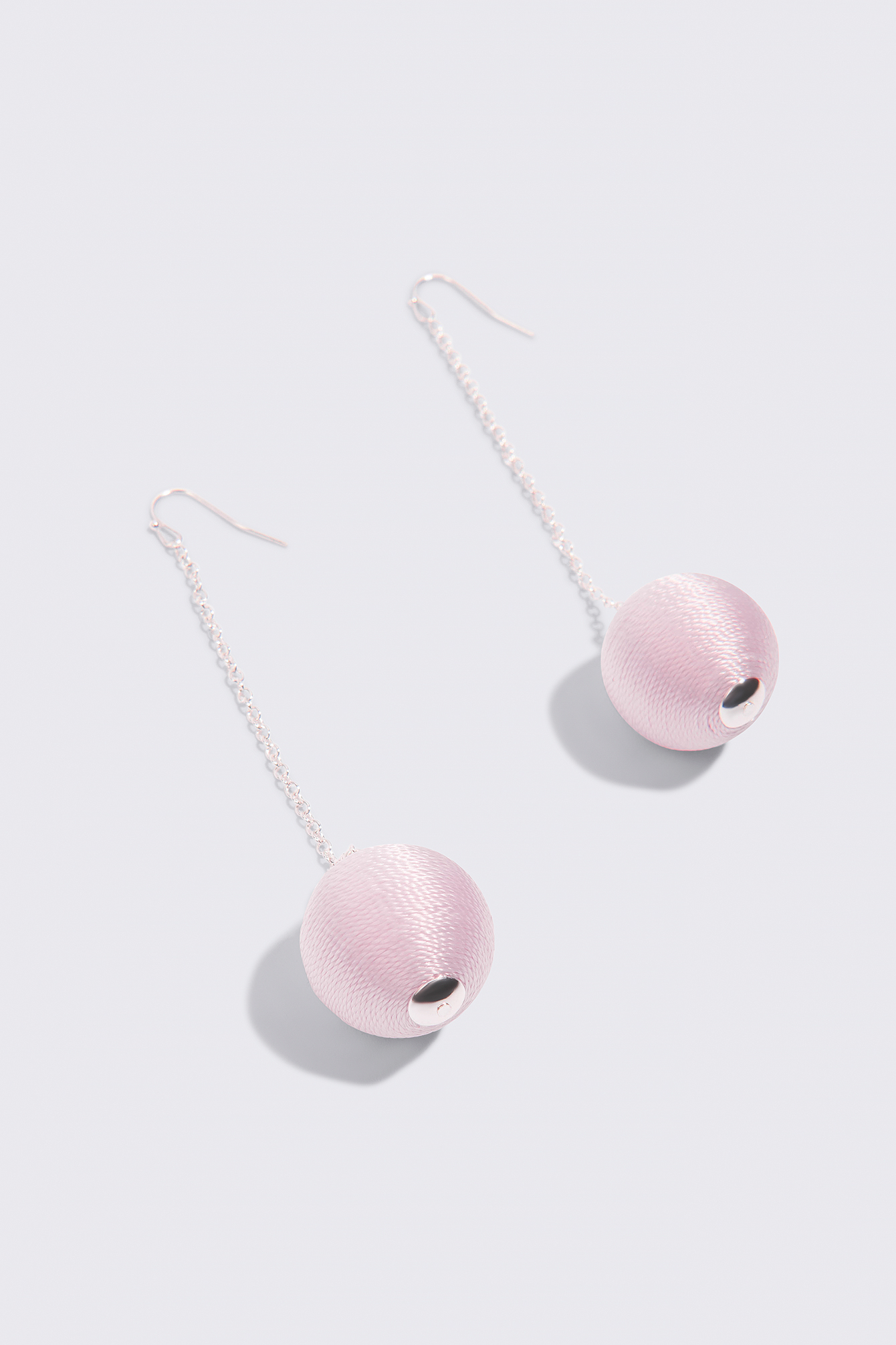 Big Textured Globe Drop Earrings NA-KD.COM