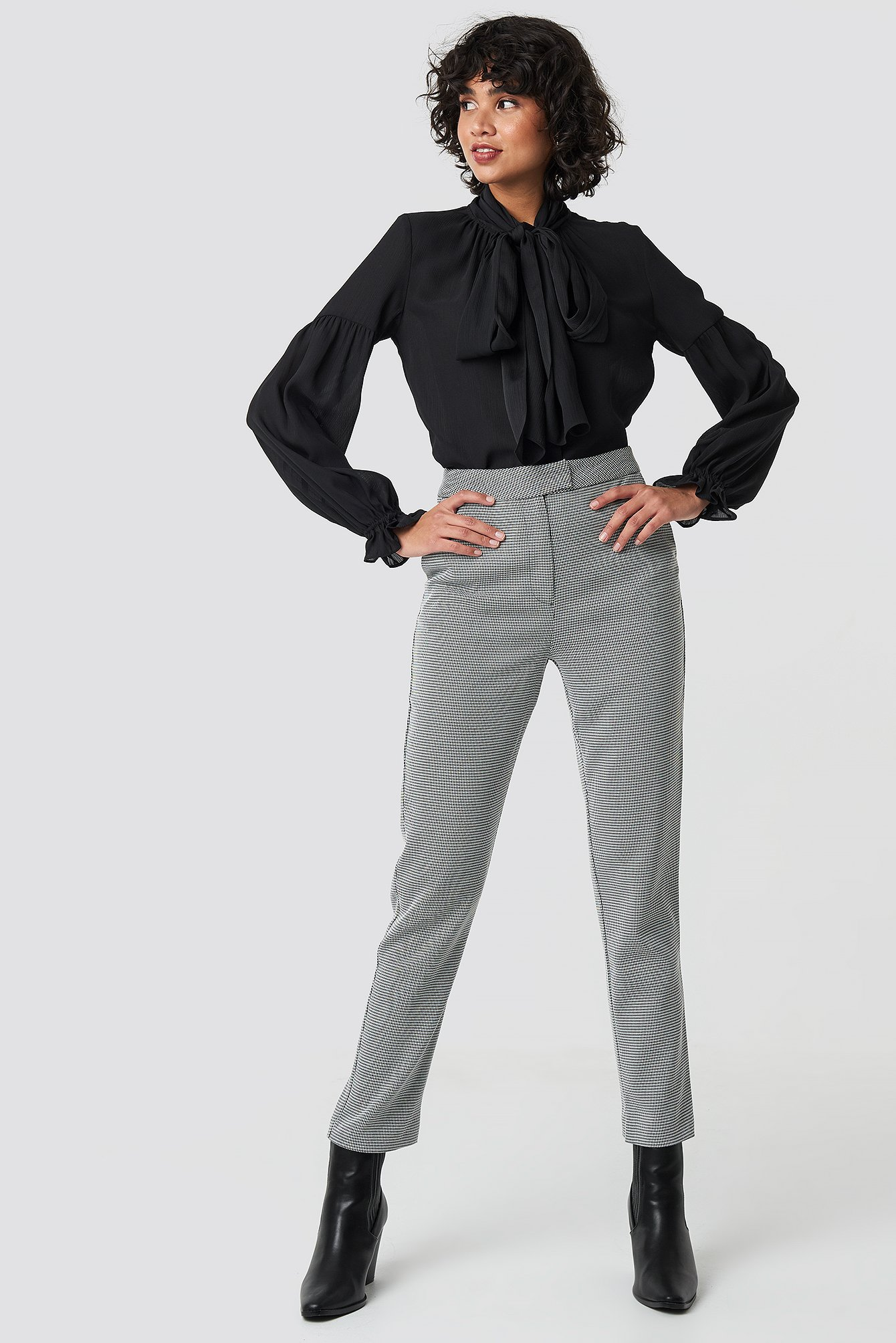 Bow Tie Blouse NA-KD.COM