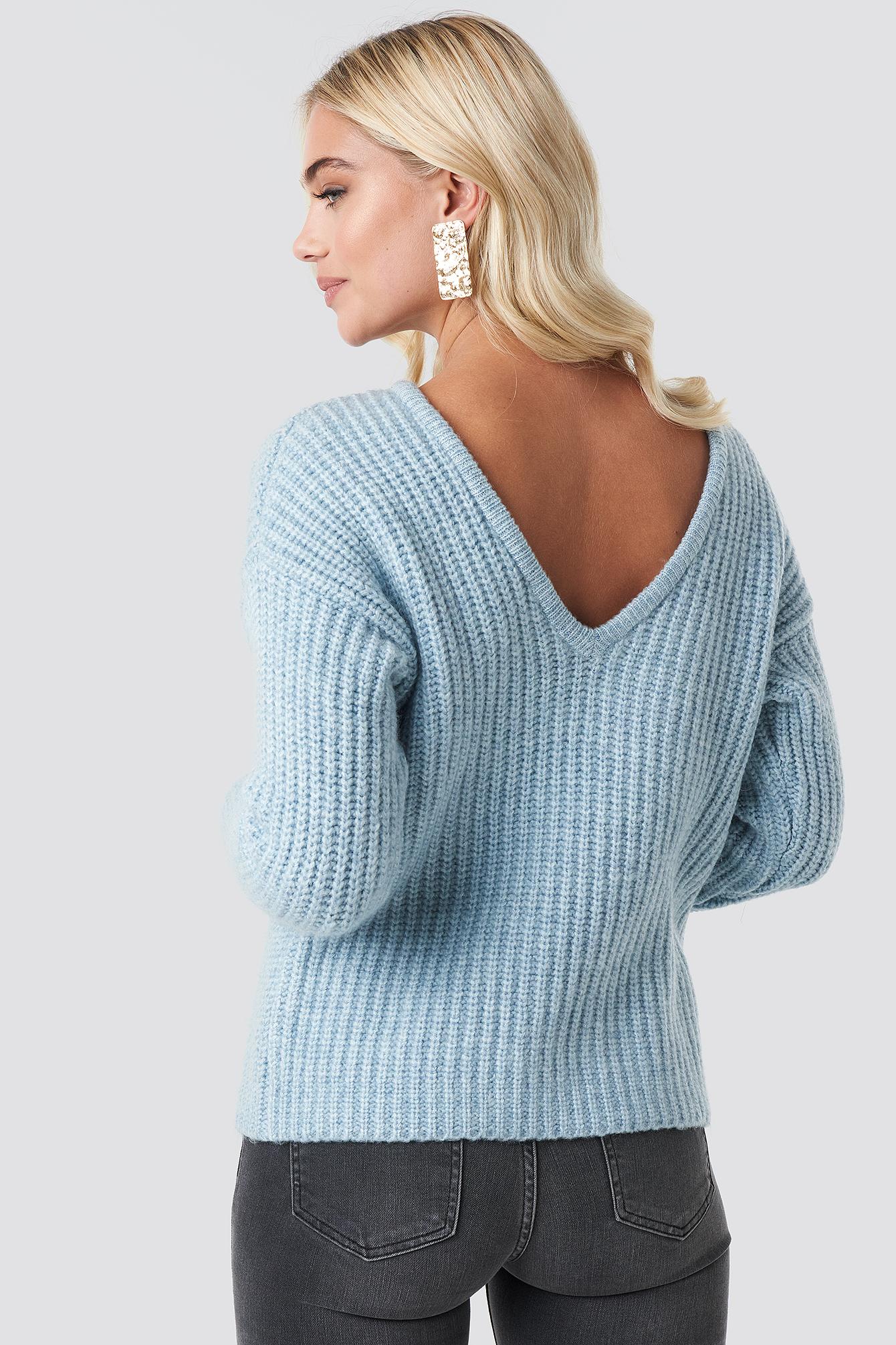 Boxy V back Knitted Sweater