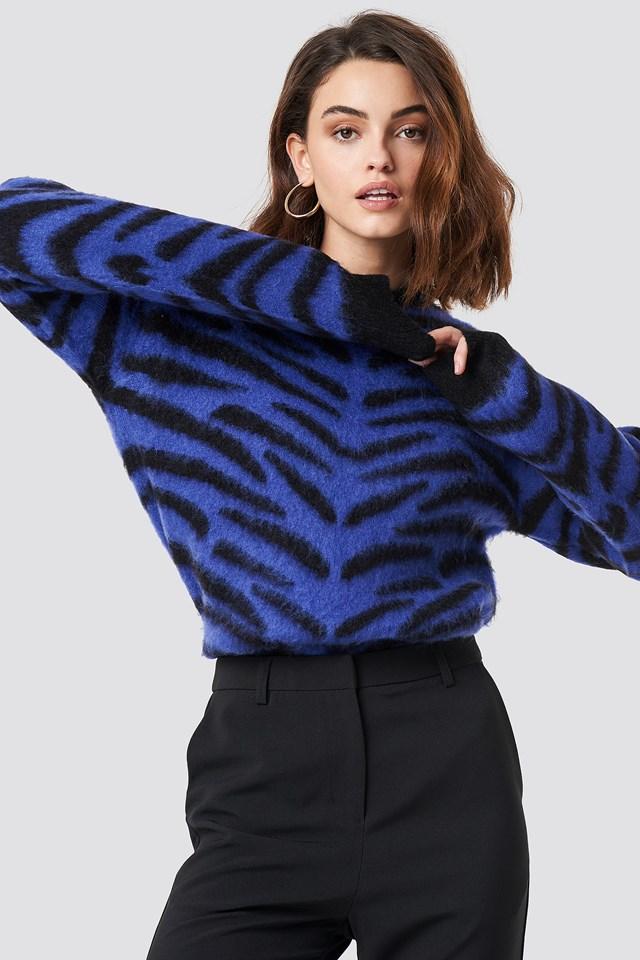 Brushed Zebra Knitted Sweater Blue/Black