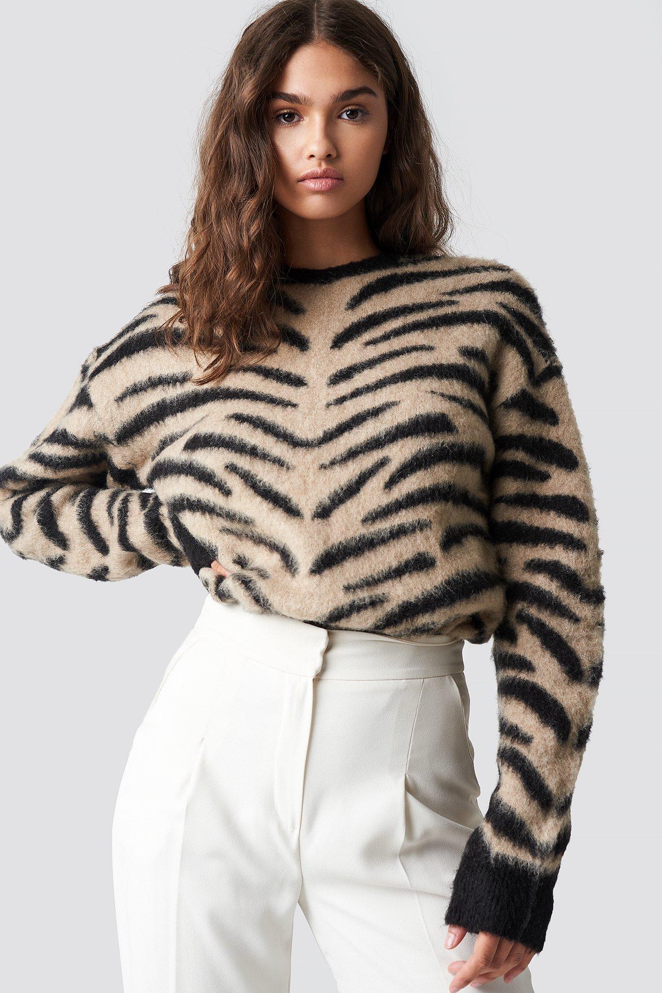 na-kd -  Brushed Zebra Knitted Sweater - Beige