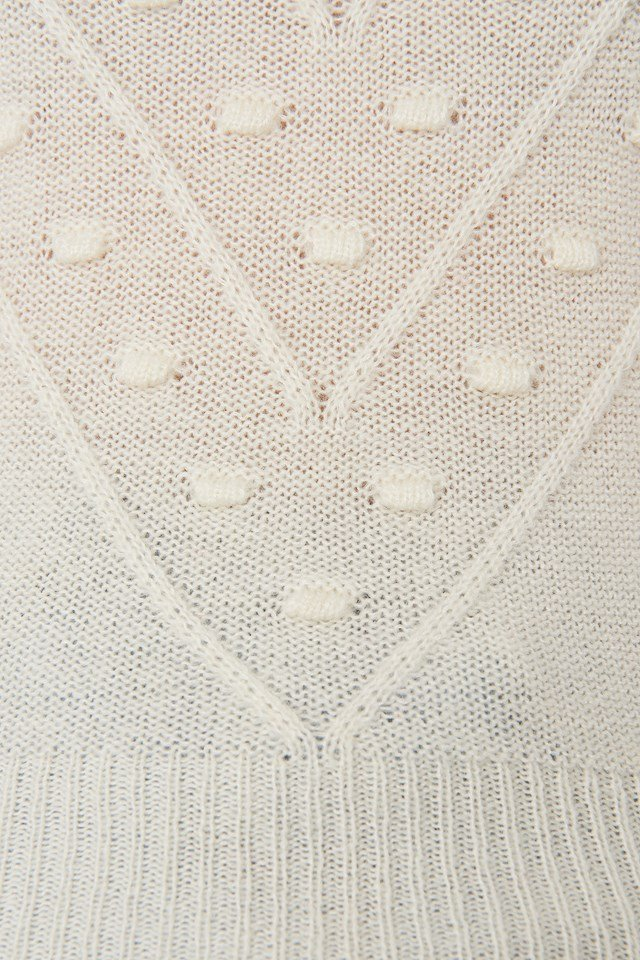 Bubble Detail Knitted Sweater Offwhite