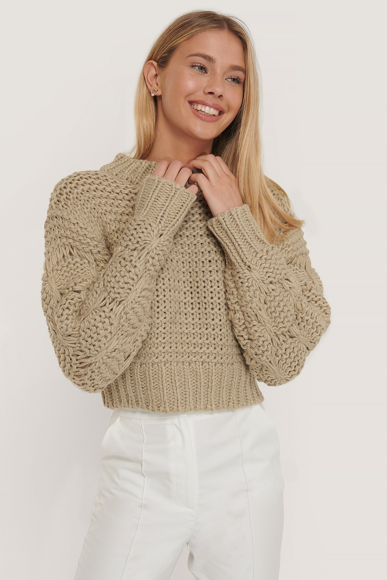 Beige Bubble Sleeve Knitted Sweater